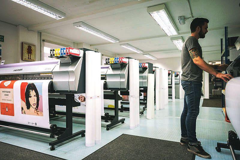 wide format digital printing dubai